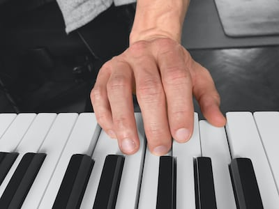 Proper hand position - chord